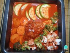 Receta de Pollo en achiote al horno con verduras - Paso 5 Pollo Guisado, Achiote, Daniel Fast, Mexican Food Recipes, Chicken Recipes, Cooking Recipes, Keto, Baked Chicken Recipes, Mushroom Sauce
