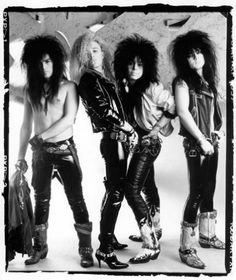Kiss with Eric Carr. 80s Hair Metal, Hair Metal Bands, Nu Metal, Heavy Metal, Glam Metal, Kiss Rock Bands, Kiss Members, Kiss Images, Vinnie Vincent