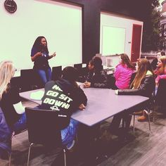 UVA Athletic Academic Advisor, and St. Margaret's alumna, Kristina Bethea, met with the Softball Minimester group last Friday to discuss the balance of academics and athletics, as well as NCAA Rules and Regulations.  viewbook.sms.org