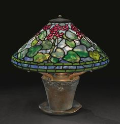 Tiffany Stained Glass, Stained Glass Lamps, Tiffany Glass, Leaded Glass, Louis Comfort Tiffany, Antique Lamps, Antique Lighting, Art Nouveau, Art Deco