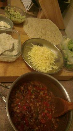 Pinto Bean Chilli Wraps