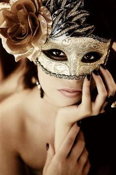 make up and overall look idea for masquerade ball