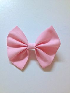 Pretty in Pink Bow (size large) via Etsy