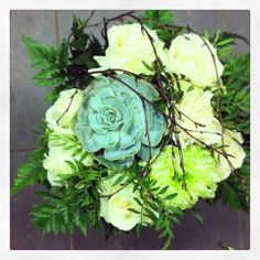 Roses and succulent Succulents, Floral Wreath, Roses, Wreaths, Flowers, Design, Home Decor, Floral Crown, Decoration Home