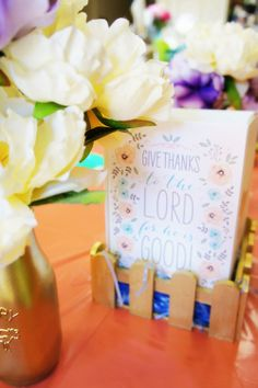 Display your cards on the Easter table.