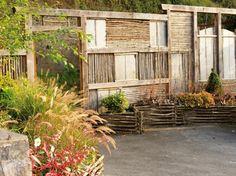 Comment habiller le mur de son jardin ? Nos idées en images | Pink ...