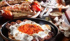 ArtTable | Αθήνα: Πού θα φας καλά στο Παλαιό Φάληρο Athens Guide, Greek Recipes, Sausage, Meat, Breakfast, Food, Greece, Life Hacks, City