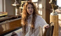"""Jessica Brown Findlay in """"Winter's Tale"""""""