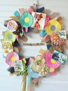 DIY Vintage Spring Burlap Wreath! #diywreaths #springwreaths #wreaths