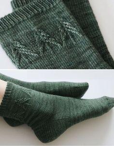 Spruce Socks - Free Knitting Pattern Free Knitting Pattern Source by susanneklinksiek Knitted Socks Free Pattern, Loom Knitting Patterns, Knitting Blogs, Crochet Socks, Easy Knitting, Knitting Socks, Knitting Projects, Knit Crochet, Crochet Patterns