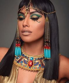 """The amazing @zuleykasilver as """"Cleopatra""""  Makeup by @mua_passion #ryanastamendi…"""