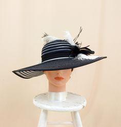 a5975e84084 White and Black Hat   Kentucky Derby Hat   Church Hat   Formal Hat   Ascot  Hat   Fashion Hat   Floppy Hat   Wide Brim Hat