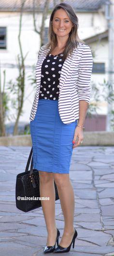 Look de trabalho - look do dia - look corporativo - moda no trabalho - work outfit - office outfit -  fall outfit - frio - look de outono - executiva - mix de estampas  - listras e poá- blazer listrado