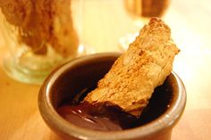 EpicLinen for cozy home: Home smells great with biscotti cantuccini and melted chocolate!