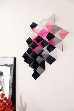 DIY paper art, by Tête d'ange - décoration murale en papier noir rose et gris - construction géométrique