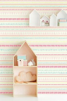 The Tout Petit range of wallpaper for children's room is tout-tout sweet Graphic Wallpaper, Of Wallpaper, Bohemian Wallpaper, 21st Century Homes, Inspiration For Kids, Kidsroom, Home Decor Items, Prints, Design