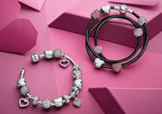 Love inspired bracelets with heart charms and pink colors #PANDORAbracelet #pink #Valentines