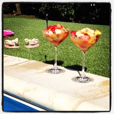 Fruitcocktail by the pool
