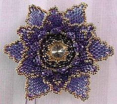 VFL.RU - ваш фотохостинг - stjerneformet blomst i blålilla farver med klar rivoli