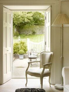 Unique Home Stays UK - The Parisian, Rutland
