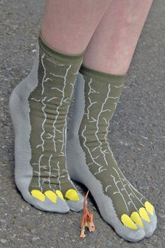 These Godzilla inspired tabis come straight from Japan, as all Godzillas should! Of course, you can also wear them to pretend to be a dinosaur or a dragon! RAWR!!!