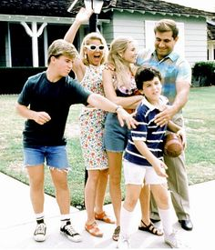 'The Wonder Years' detailed the life of an average American family growing up in the suburbs during the '60s and '70s. Life during this socially rocky decade was so compelling, it kept the Arnold's family story on the air for nearly 6 years.