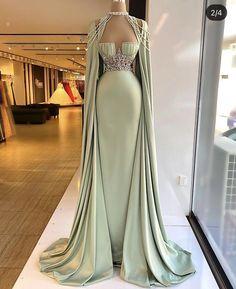 Glam Dresses, Event Dresses, Fashion Dresses, Stunning Dresses, Beautiful Gowns, Pretty Dresses, Fantasy Gowns, Vetement Fashion, Dream Dress