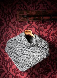 Knitting Patterns Free, Free Knitting, Crochet Scarves, Knit Crochet, Neck Warmer, Fun Projects, Upcycle, How To Make, Crafts