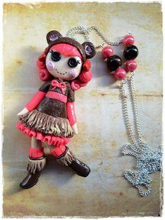 süße Knopfaugen Dolly  von Marions Traumlädchen auf DaWanda.com