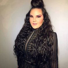 Výsledek obrázku pro netta barzilai young Smart People, Long Hair Styles, Music, Pictures, Eurovision Songs, Face Beat, Image, Beauty, Divas