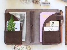 Journal Details Foxy fix refillable notebooks are designed for flexibility. The simple design allows you to mix and match notebook inserts so your journal funct