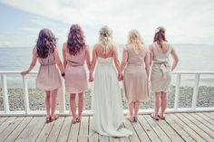 Photo Idea, Bride and Bridesmaids