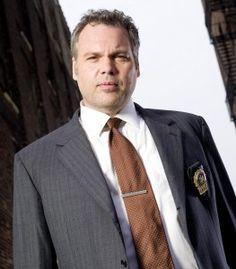 Detective Robert Goren.