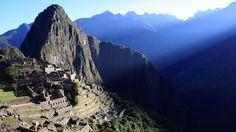 Machu Picchu: The ultimate trek? Trek the amazing Inca Trail Kilimanjaro, Aktiv, Machu Picchu, Wonderful Places, Trekking, Peru, Trail, Mountains, World