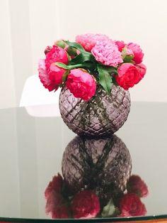 """Декоративная композиция """"Пионы в вазе"""".  #NiceCatch #ручнаяработа #фарфор #цветы"""