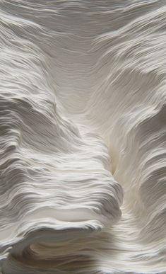 A Piece of Flat Globe - sculpture de papier - Noriko Ambe (Japon) Shades Of White, Black And White, White Art, Pure White, Snow White, White Charcoal, Cream White, White Texture, Cloud Texture