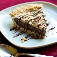 Samoas Girl Scout Cookie Pie: http://chocolatecoveredkatie.com/2013/03/08/samoas-girl-scout-cookie-pie/