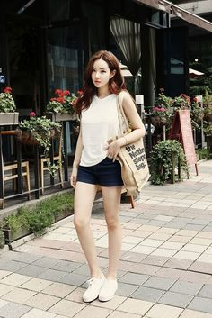 Korean fashion korean summer outfits, korean fashion summer, korean g Korean Fashion Summer Street Styles, Korean Summer Outfits, Korean Fashion Kpop, Korean Fashion Winter, Korean Fashion Dress, Korean Fashion Casual, Korea Fashion, Asian Fashion, Street Style Outfits