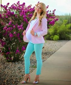 My pregnancy style: Pastel Bliss at 35 weeks pregnant wearing a pink blazer mint pants and pink heels. Cute Maternity Outfits, Stylish Maternity, Pregnancy Outfits, Mom Outfits, Maternity Wear, Maternity Fashion, Cute Outfits, Pregnancy Fashion, Pregnancy Style