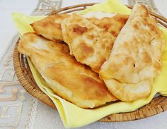 Scovergi de post cu cartofi Ethnic Recipes, Food, Romanian Recipes, Essen, Meals, Yemek, Eten