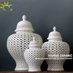 Alibaba グループ | AliExpress.comの 花瓶 からの 中国の白h38cm背の高い色艶をかけられた磁器セラミックジャーテンプル/生姜の瓶 のためにこれは一つの瓶を持つh38cmサイズ( 真ん中の1) のみ。 もう2サイズが必要な場合は、 下記のリンクを参照してください:http:// 中の H38cm背の高い中国ホワイト色施釉磁器セラミック寺ジャー/ジンジャー ジャー
