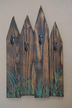 Rustic Key Rack, Reclaimed Fence Key Rack, Pallet Wood Leash Holder, Handpainted Storage Rack