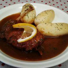 Králik na čierno • recept • bonvivani.sk Sausage, Beef, Meat, Sausages, Ox, Ground Beef, Steak