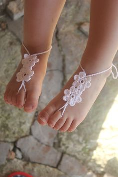 Crochet Baby Barefoot Sandals Baby Foot accessories by craftbyaga, $9.00