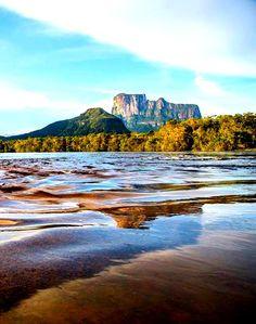 Cerro Autana, Edo. Amazonas Venezuela