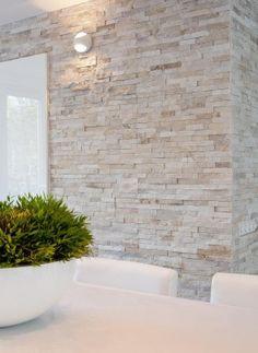 Natuursteenstrip van Barroco. Close up foto van de Barroco natuursteenstrips www.barroco.nl
