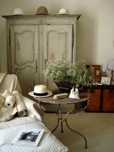 I love the French country style .. Color is pretty