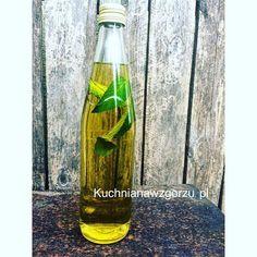 Voss Bottle, Water Bottle, Cocktail Drinks, Cocktails, Cleaning Supplies, Glass Vase, Soap, Decor, Craft Cocktails