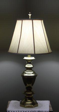 Antiques Fine Antique/vintage Corinthian Table Lamp Ornate Patina Online Discount