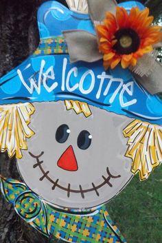 Scarecrow door hanger fall door hanger by BluePickleDesigns Burlap Projects, Burlap Crafts, Fall Projects, Craft Projects, Halloween Door Hangers, Fall Door Hangers, Burlap Door Hangers, Fall Crafts, Halloween Crafts